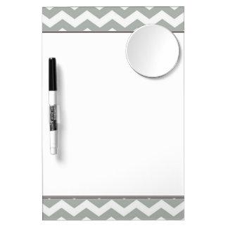 Raya gris de moda moderna elegante del zigzag pizarra blanca