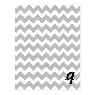 Raya gris y blanca de Chevron Tarjetas Postales