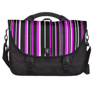 Raya negra, blanca, rosada del código de barras bolsas de ordenador