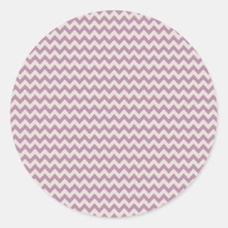 Raya púrpura de moda de Chevron Pegatinas Redondas