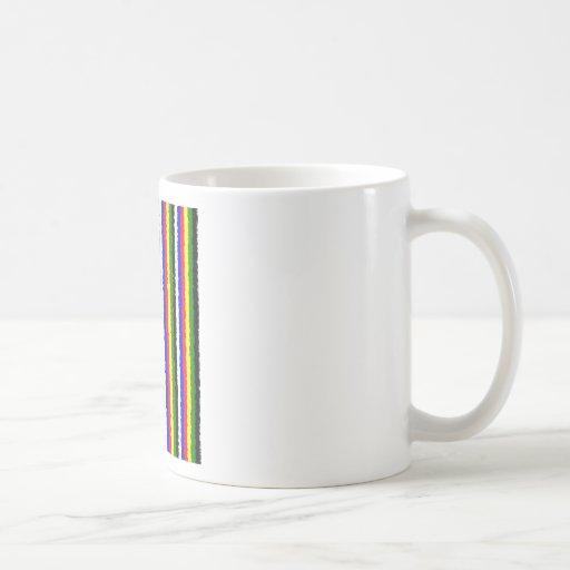 Raya rizada de los colores básicos taza básica blanca