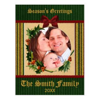 Raya roja del verde del arco del navidad del acebo postal