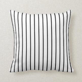 Rayado blanco y negro almohadas