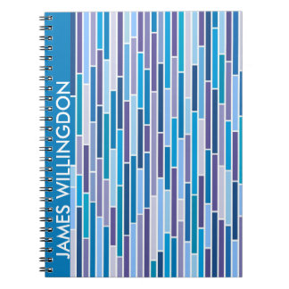 Rayado en cuaderno azul