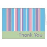 Rayados en colores pastel le agradecen tarjetas