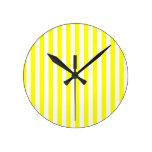 Rayas amarillas relojes
