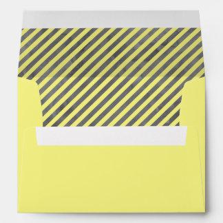 Rayas amarillas y grises de la acuarela sobres