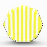 Rayas amplias - blancas y amarillo eléctrico