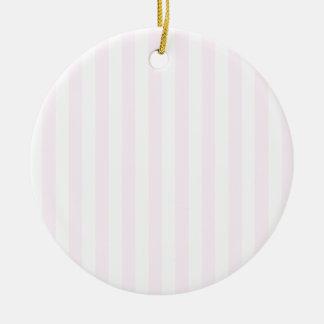 Rayas amplias - blancas y cordón rosado adorno redondo de cerámica