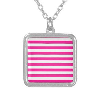 Rayas amplias - blancas y de color rosa oscuro colgante personalizado