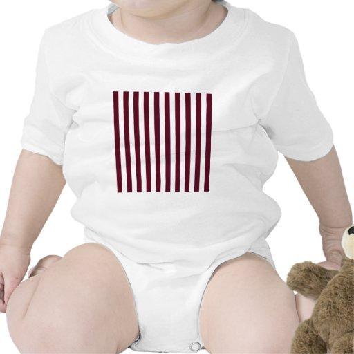 Rayas amplias - blancas y escarlata oscuro camisetas