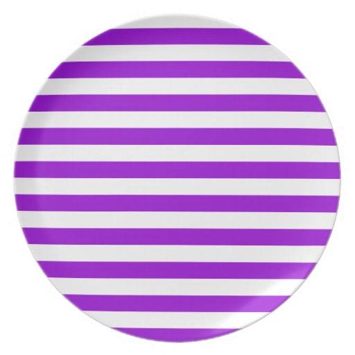 Rayas amplias - blancas y violeta oscura plato de cena