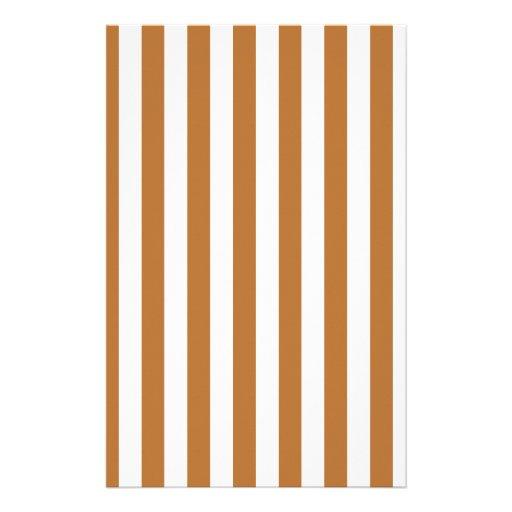 Rayas amplias - blanco y cobre  papeleria