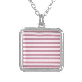 Rayas amplias horizontales - cordón rosado y Puce Grimpolas
