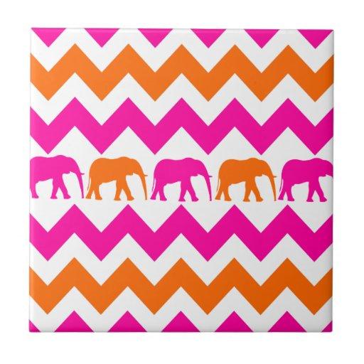 Rayas anaranjadas de Chevron de los elefantes de l Azulejo Cuadrado Pequeño