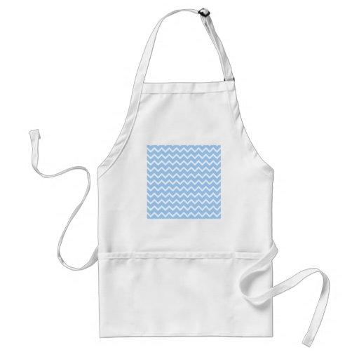 Rayas azul claro y blancas del zigzag delantal