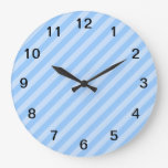 Rayas azules claras reloj