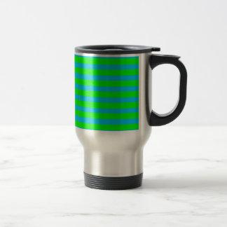 Rayas azules de neón de la verde lima y del trullo taza
