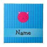 Rayas azules personalizadas de la cara rosada cono azulejo