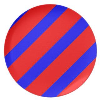 Rayas azules rojas del ADN Plato De Comida