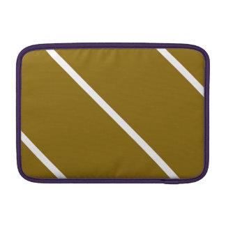 Rayas blancas en Brown Fundas Para Macbook Air