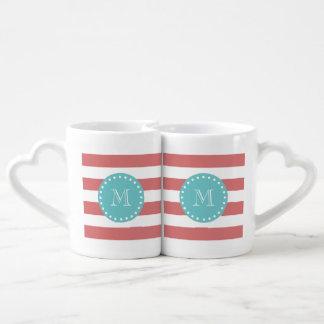 Rayas blancas modelo, monograma del melocotón del set de tazas de café