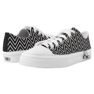 Rayas blancas negras del zigzag de Chevron Zapatillas