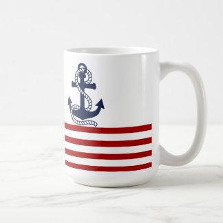 Rayas blancas rojas náuticas y ancla azul taza