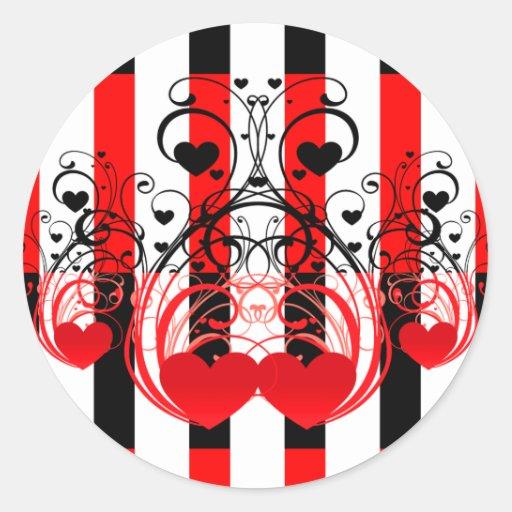 Rayas blancas rojas negras y remolinos del corazón pegatina redonda