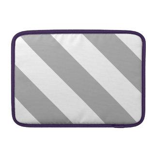 Rayas blancas y grises del peluquero funda  MacBook