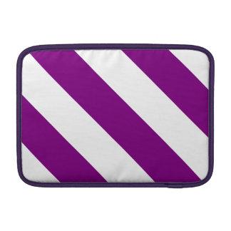 Rayas blancas y púrpuras del peluquero funda para macbook air