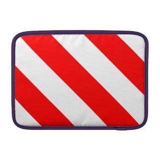 Rayas blancas y rojas del peluquero funda para macbook air