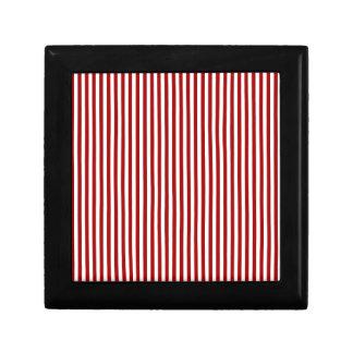 Rayas - blancas y rojo oscuro de Apple de caramelo Joyero Cuadrado Pequeño