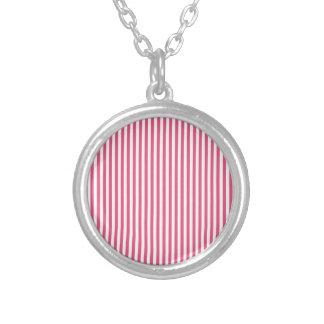 Rayas - blancas y rosa oscuro collares