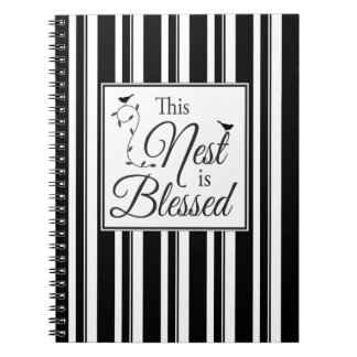 Rayas blancos y negros bendecidas de la jerarquía libro de apuntes con espiral