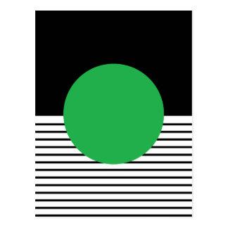 Rayas blancos y negros con el círculo verde postal