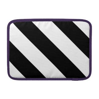 Rayas blancos y negros del peluquero funda  MacBook