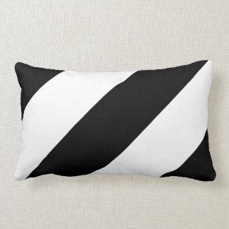 Rayas blancos y negros intrépidas - almohada