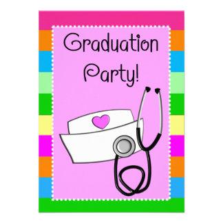 Rayas brillantes de las invitaciones de la graduac comunicados