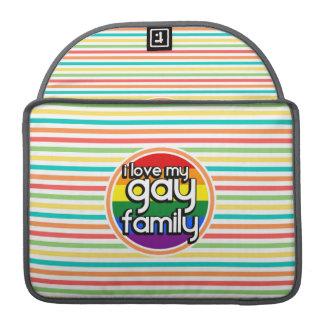 Rayas brillantes del arco iris, familia gay funda para macbooks