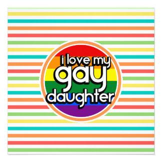 Rayas brillantes del arco iris hija gay invitacion personalizada