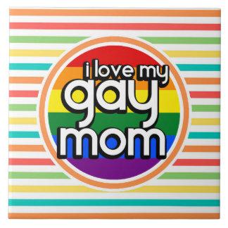 Rayas brillantes del arco iris mamá gay azulejo ceramica