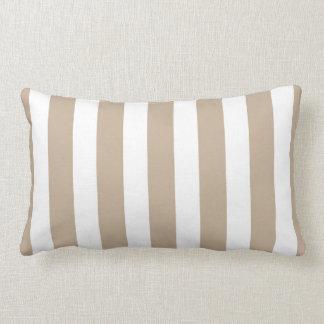Rayas clásicas del diseñador en moreno y blanco cojin