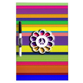 Rayas coloridas del flower power de la paz tablero blanco