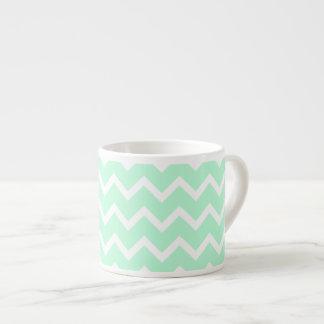 Rayas de Chevron del zigzag de la verde menta Taza Espresso