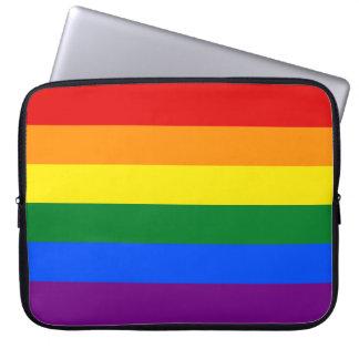 Rayas de la bandera del arco iris del orgullo gay fundas portátiles