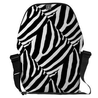 RAYAS de la CEBRA (un diseño negro y blanco) Bolsas De Mensajeria
