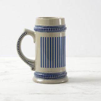 Rayas de la combinación del azul real jarra de cerveza