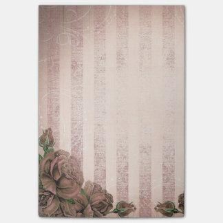 Rayas de la ilustración y rosas rosados del nota post-it®