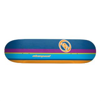 Rayas de la metralla tabla de skate